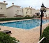 Duplex avec 3 chambres qui donne sur la piscine