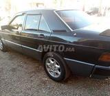 Neuf Mercedes Propre Etat Diesel -1997