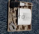 routeur maroc telecom complet avec les accessoires