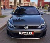Volkswagen Golf 2016  A Débattre
